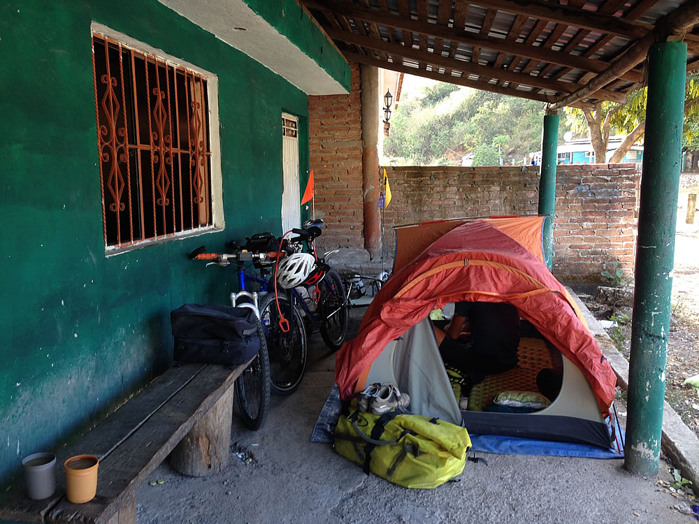 Camping in the village of Santa Lucia, first night of the climb to Durango