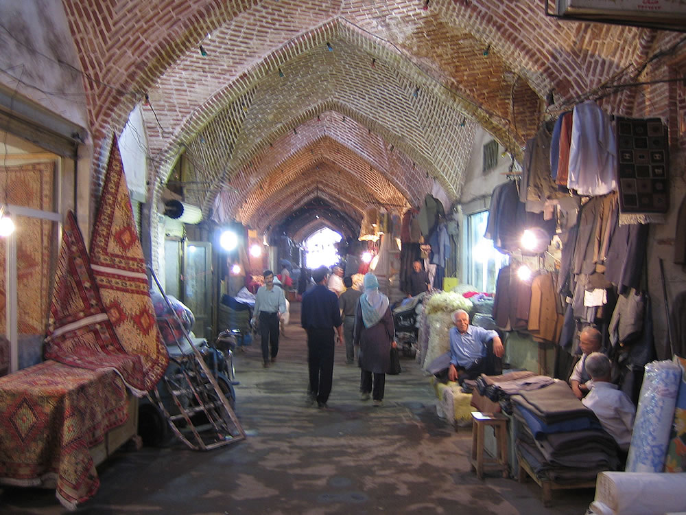 Atmospheric Market, Tabriz