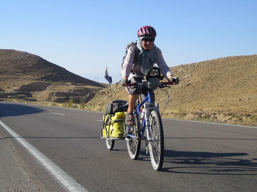 On the road to border town Bajgiran (Turkmentistan border)