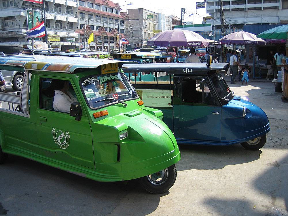 Taxis in Ayuthaya (north of Bankok)